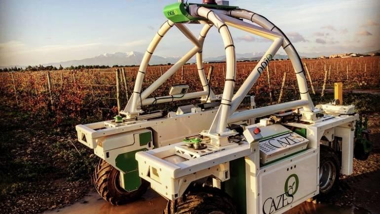 Un tracteur autonome en phase de test dans nos vignes